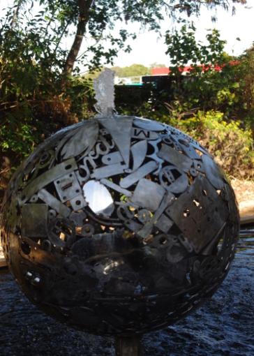 S000125 Stainless water feature